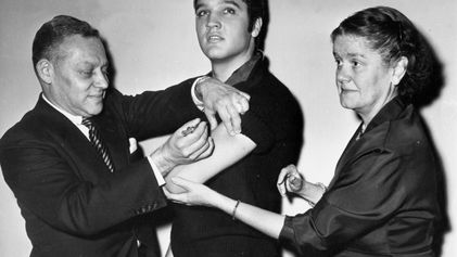 Como a vacinação ficou na 'moda' nos anos 50 graças aos adolescentes