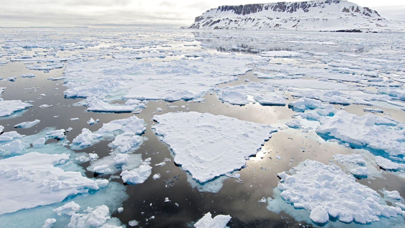 Gelo do Ártico a derreter