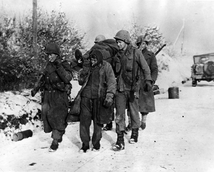 O rumo da batalha já tinha mudado no início de janeiro, quando um prisioneiro alemão ajudou ...