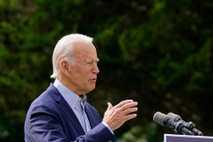 O ex-vice-presidente Joe Biden, agora presidente eleito, fala sobre as alterações climáticas e os incêndios florestais ...