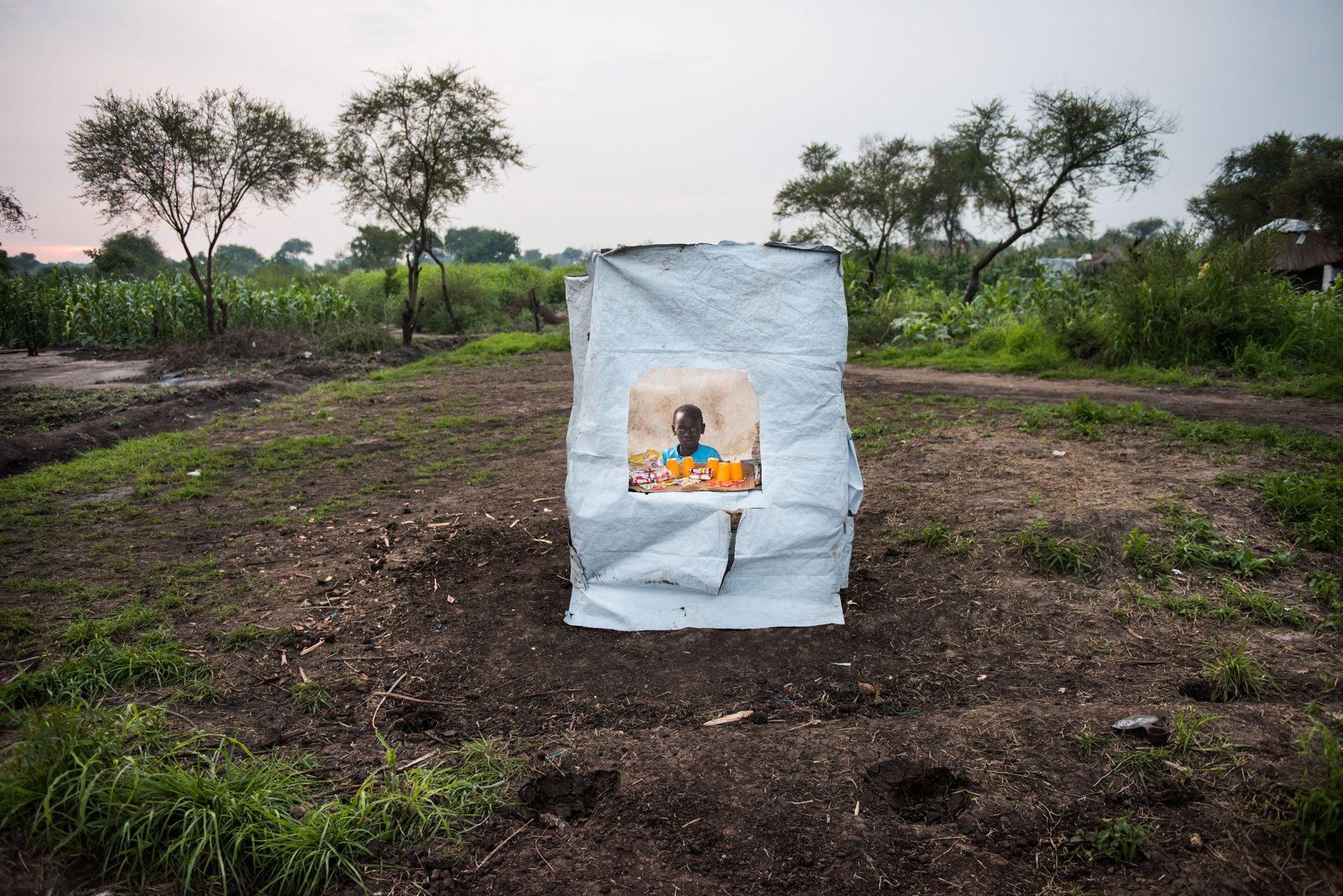 A maioria dos habitantes do campo de refugiados de Bidibidi, no Uganda, são crianças, muitas das ...