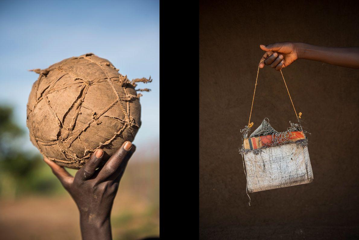 Na esquerda, uma bola de futebol feita de trapos enrolados, e à direita, Alex Lomore, de ...