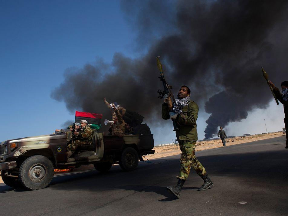 Os Horrores de Guerra através da Lente de uma Máquina Fotográfica