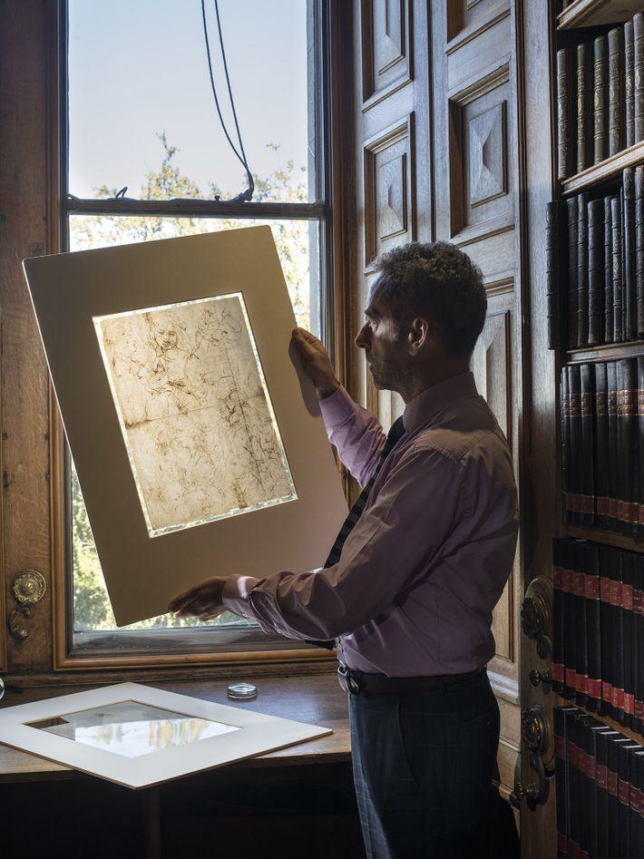 Martin Clayton, Chefe do Departamento de Gravuras e Desenhos da Coleção Real e curador da exposição ...