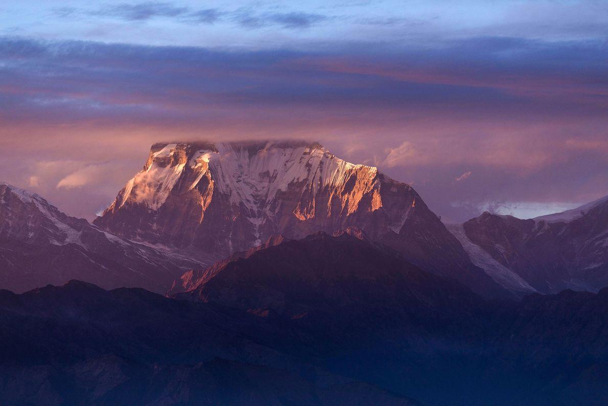 A 21 de janeiro de 1985, dois alpinistas polacos lendários, Jerzy Kukuczka e Andrzej Czok, chegaram ...