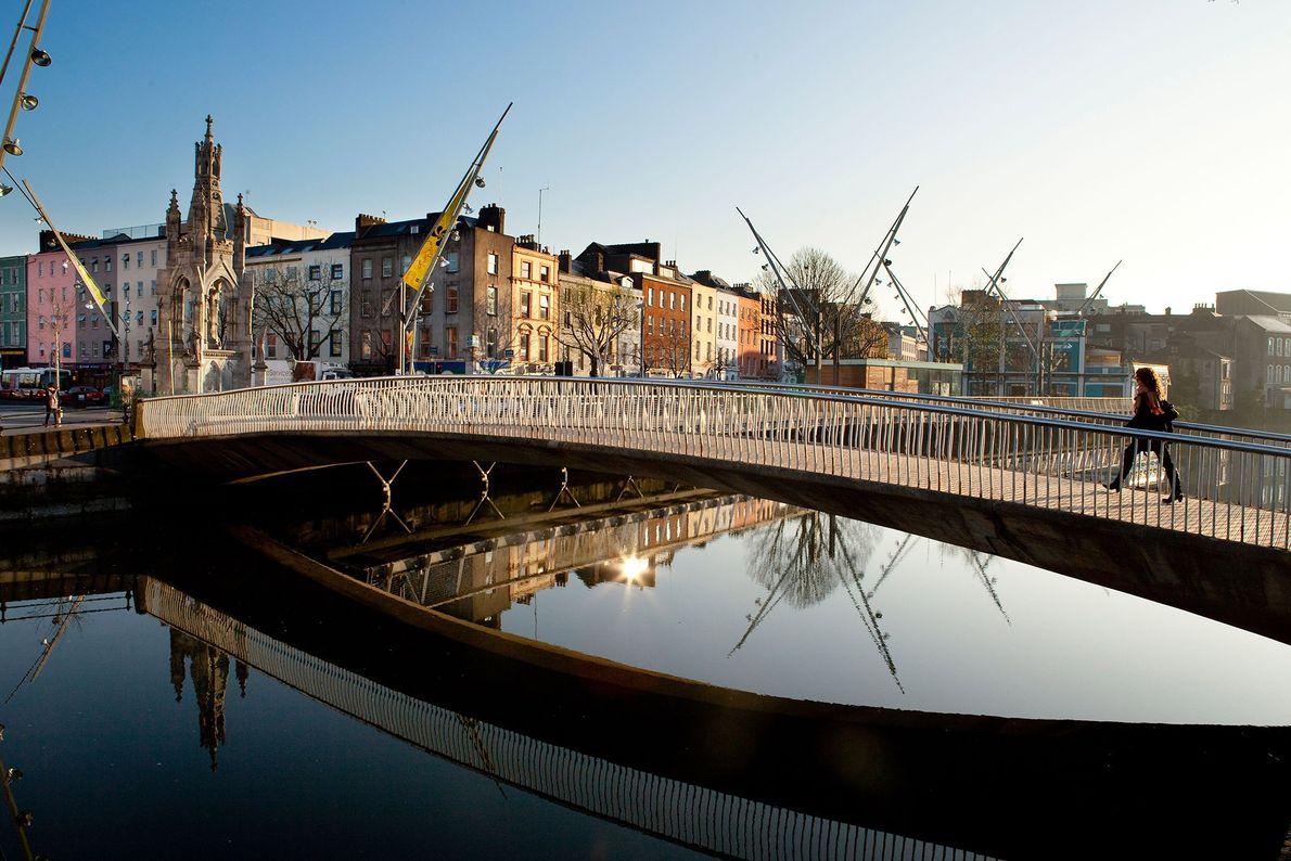 CORK, IRLANDA Razões para ir: Em 2015, a Irlanda tornou-se no primeiro país do mundo a legalizar ...