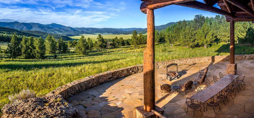 The Costilla Lodge em Vermejo Park Ranch é um dos três ranchos de Ted Turner, no ...