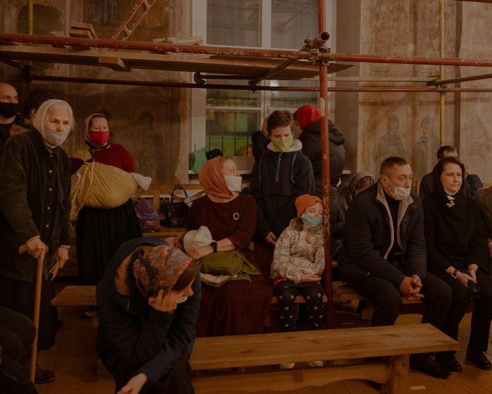 A pandemia de coronavírus obrigou as pessoas a alterarem a forma como praticavam os seus rituais. ...