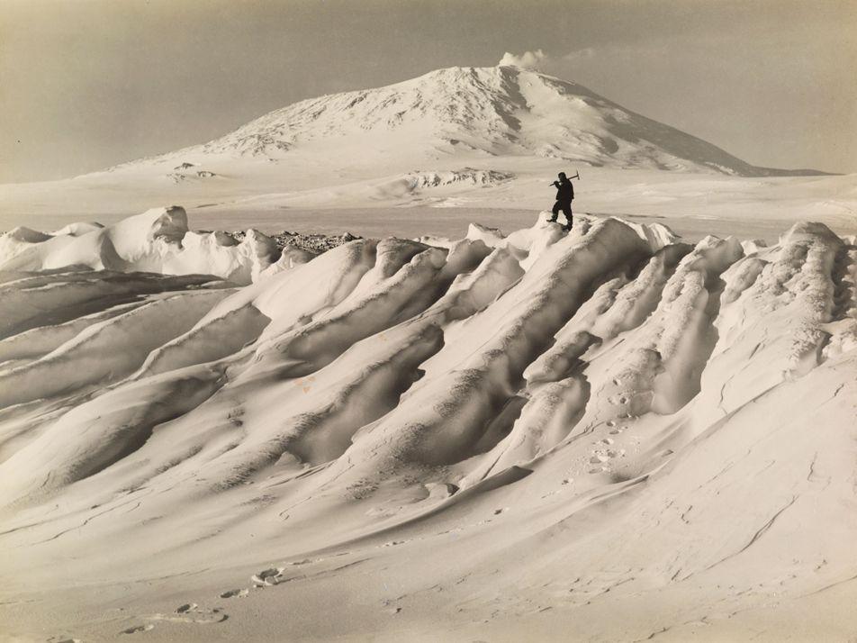 Quem Descobriu Realmente a Antártida? Depende.