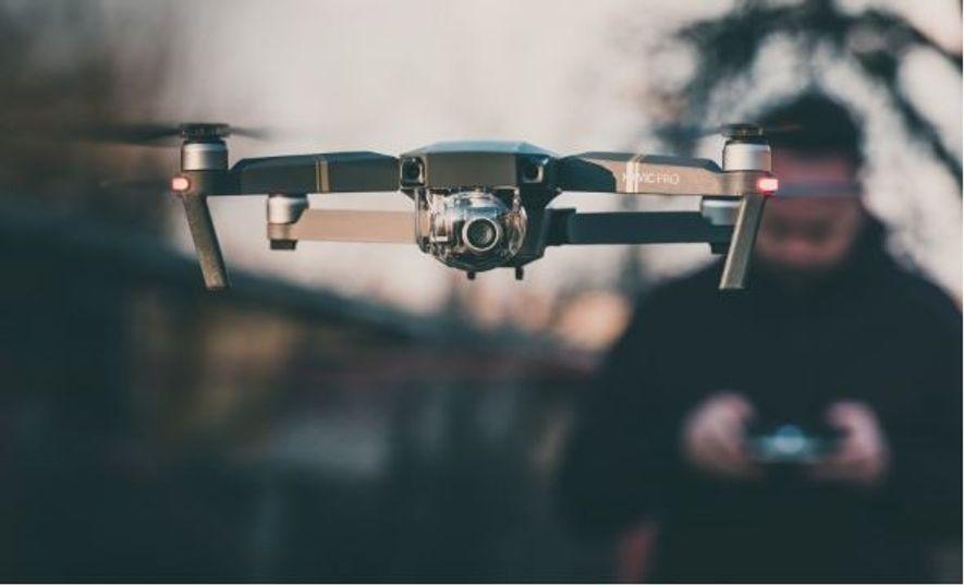 """""""O problema para as autoridades é que estes aparelhos estão classificados como aeronaves. A sua destruição ..."""