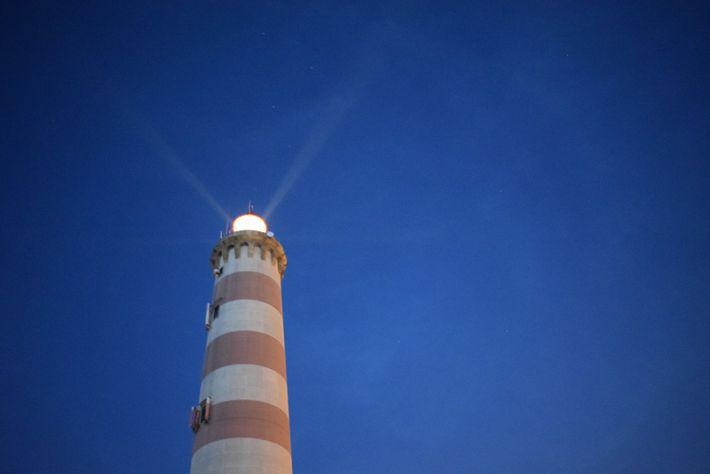 O farol de Aveiro, na Praia da Barra, tem uma das melhores vistas da Ria de ...