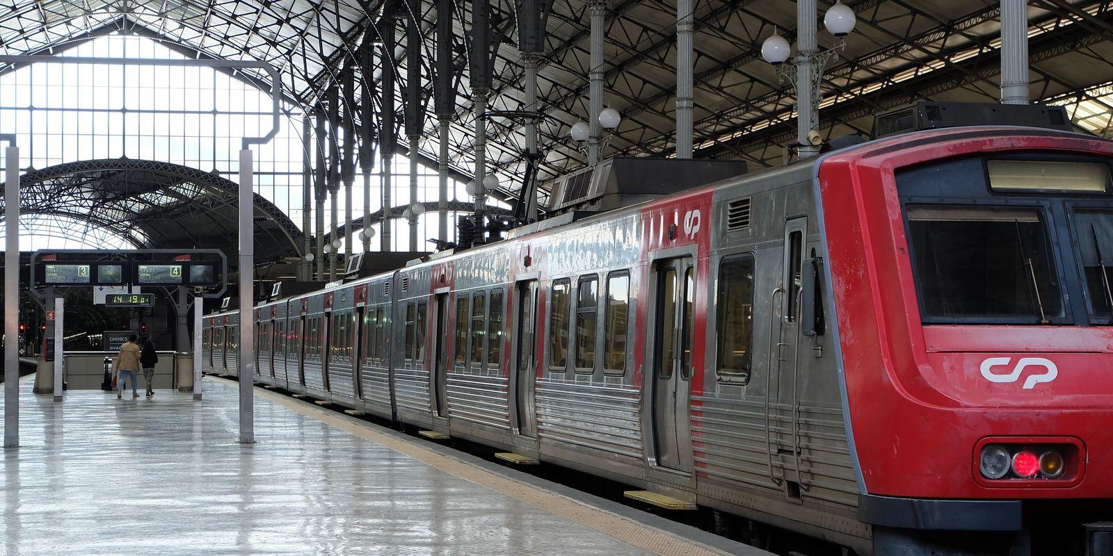 O Turismo de Portugal e a origem dos caminhos de ferro