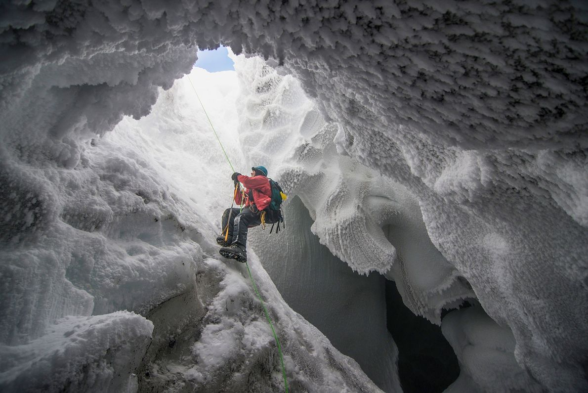 caverna de vapor vulcânico, no Monte Erebus