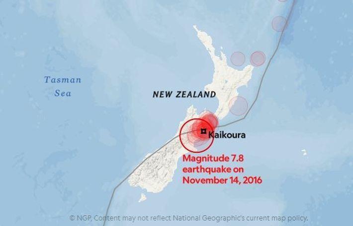 Os círculos a vermelho mostram os sismos de magnitude 5, ou mais, em novembro de 2016. ...