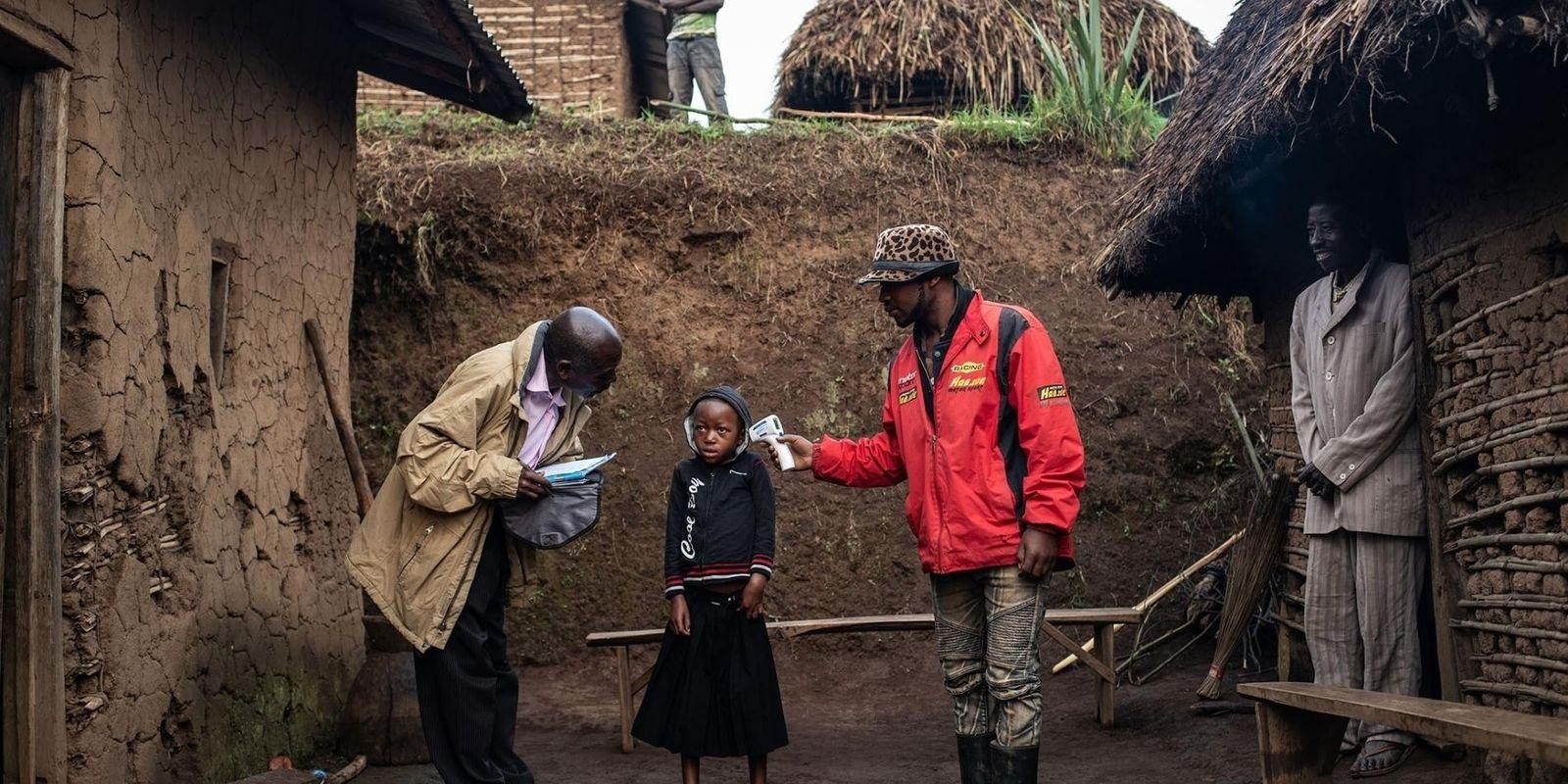 Viver com Um Surto de Ébola: Combater a Desconfiança – e Salvar Vidas