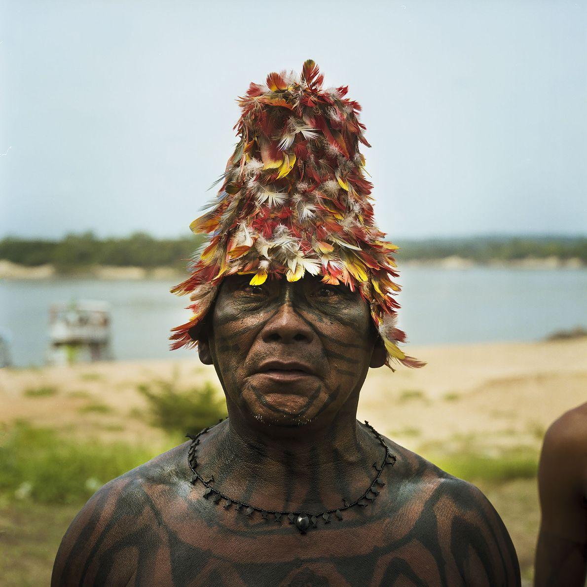 """Um chefe Munduruku durante o protesto """"Caravana de Resistência"""""""
