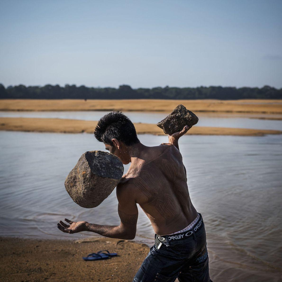 Uma ação conjunta da tribo Munduruku com a Greenpeace