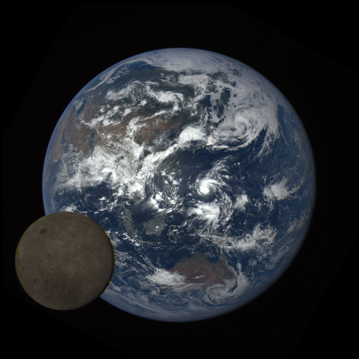 O satélite Deep Space Climate Observatory, ou DSCOVR, descolou em fevereiro de 2015.