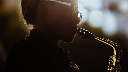 Saxofone Dourado