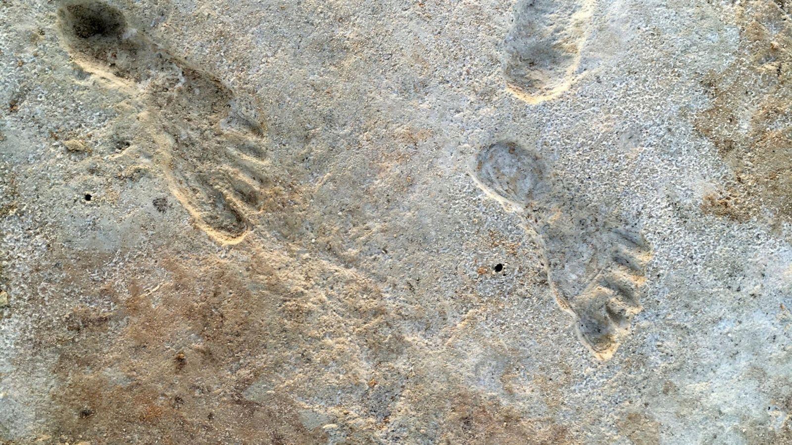 Pegadas humanas descobertas