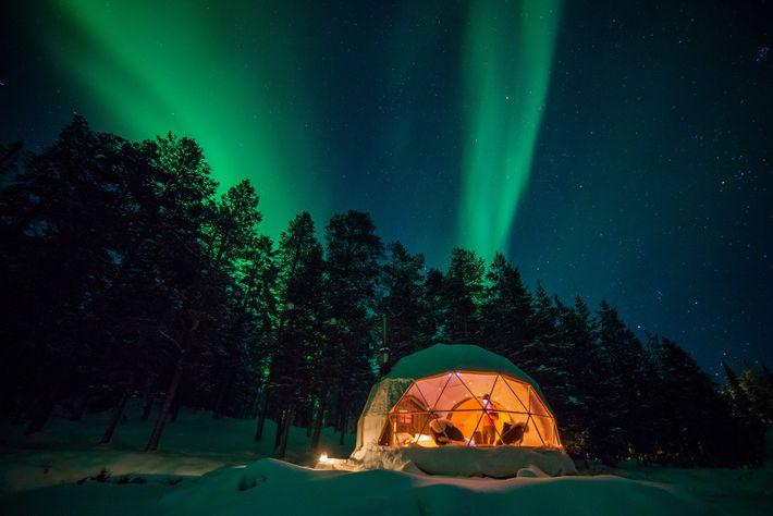 Experimente uma visão pura das luzes do norte, na Harriniva Aurora Dome, na Finlândia.