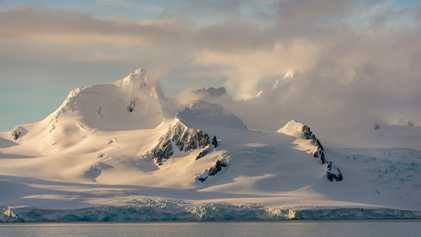 Nova forma de medir a queda de neve na Antártida ajuda a prever a sobrevivência do ...