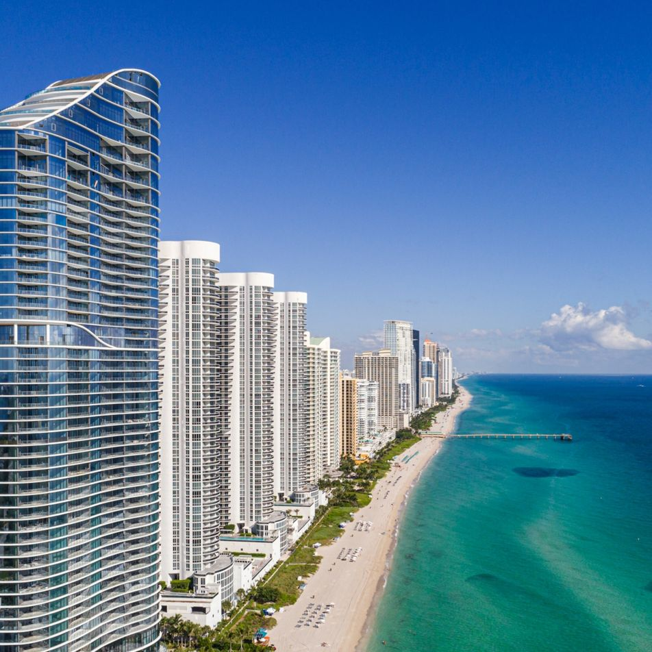 Colapso de condomínio em Miami sublinha a necessidade de adaptação urgente à subida dos mares