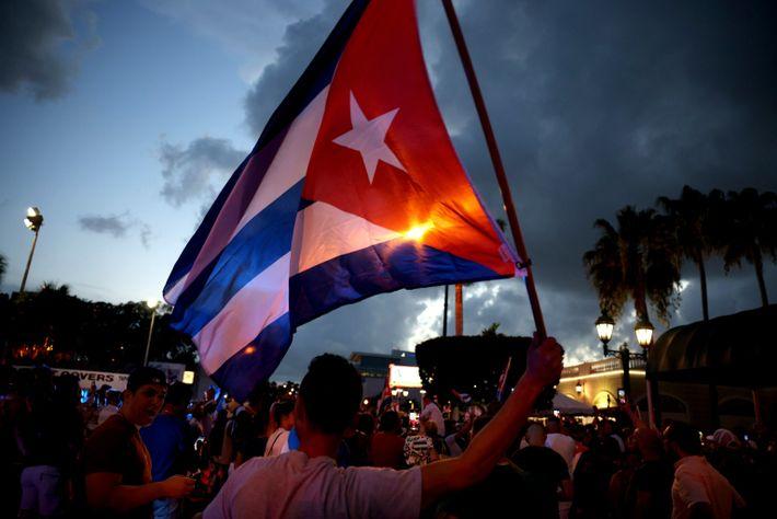 O bairro de Little Havana, em Miami, reage aos protestos em Cuba