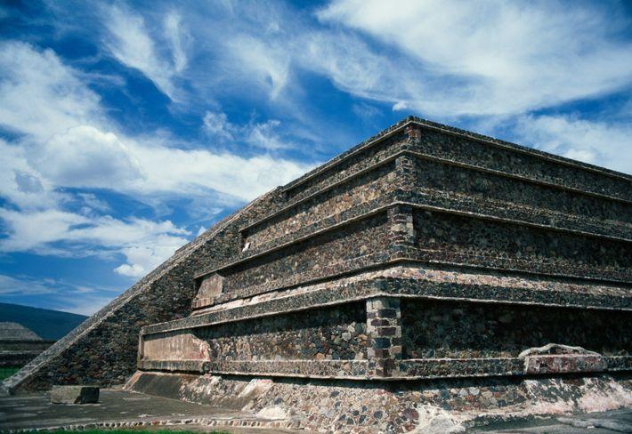 uma pirâmide de Cidadela