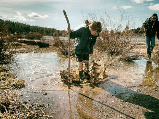 Descubra porque não deve recear um pouco de lama na sua próxima caminhada.