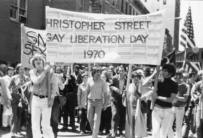 primeiro desfile de orgulho