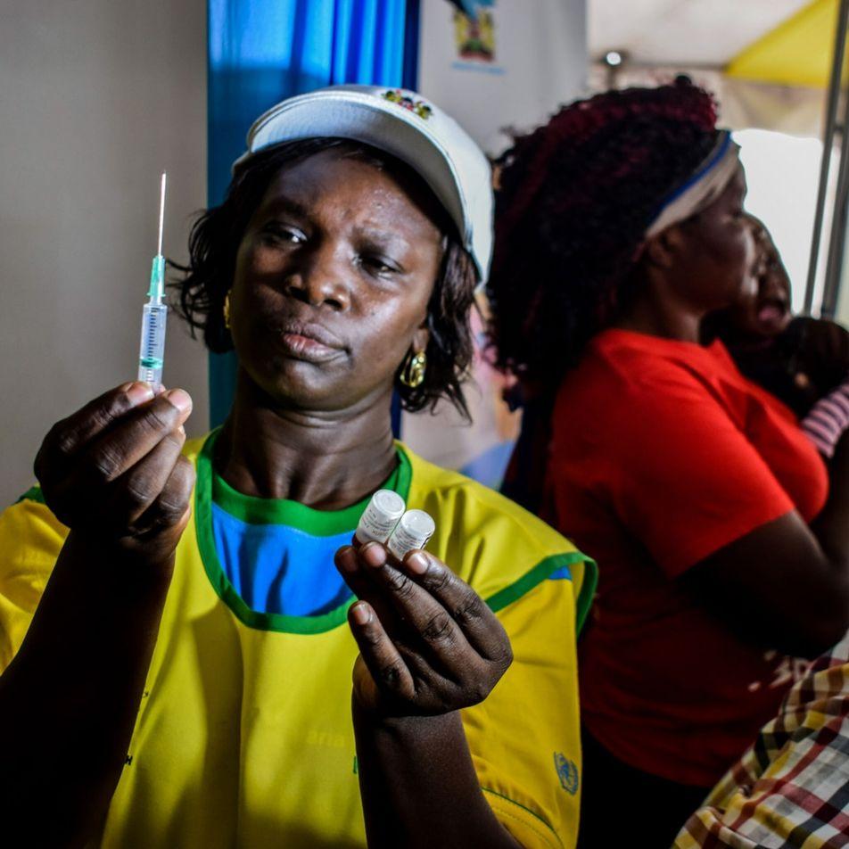 'Momento histórico': A OMS recomenda oficialmente a primeira vacina contra a malária