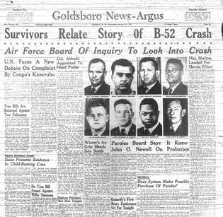 A queda do B-52 foi notícia de primeira página em Goldsboro e por todo o país. ...