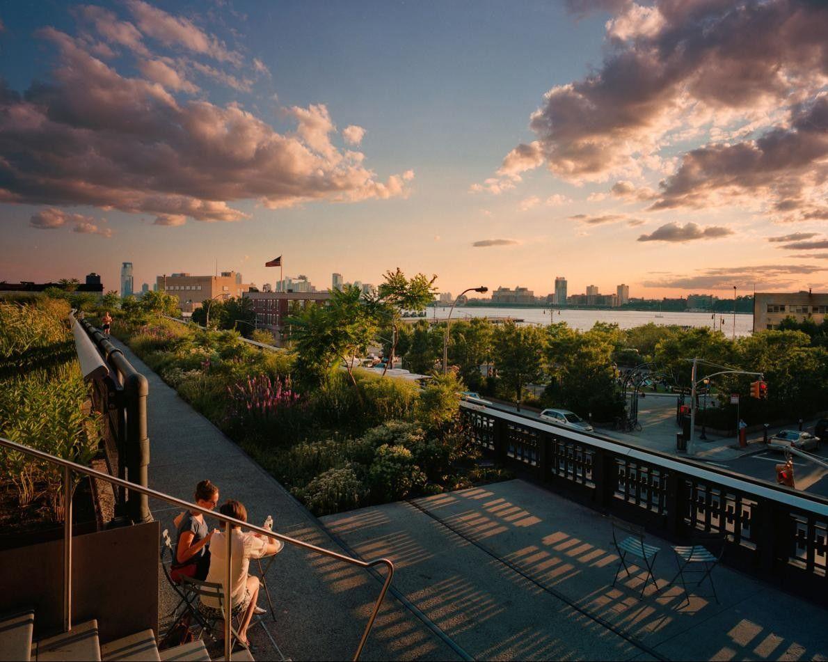 """Como parte da visão global OneNYC, para tornar a cidade """"a mais resiliente, equitativa e sustentável ..."""