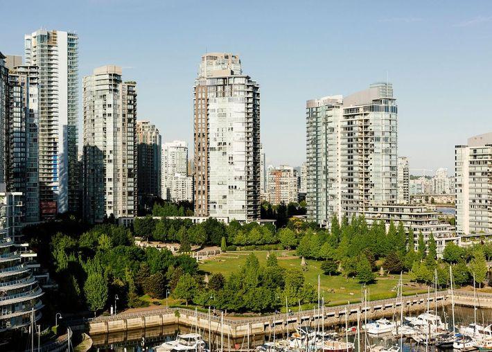 Em 2006, os dirigentes do distrito regional de Metro Vancouver votaram unanimemente a adoção uma política ...