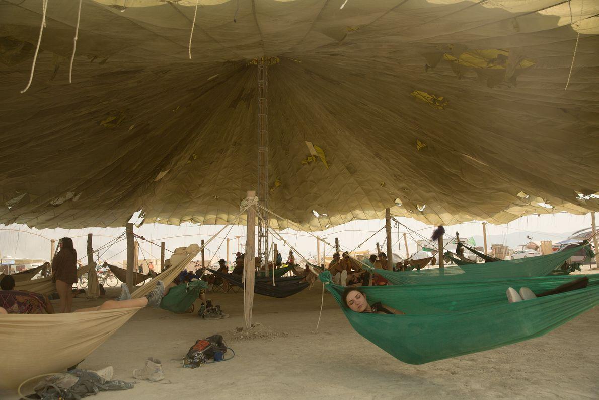 Hammock Hangout Camp