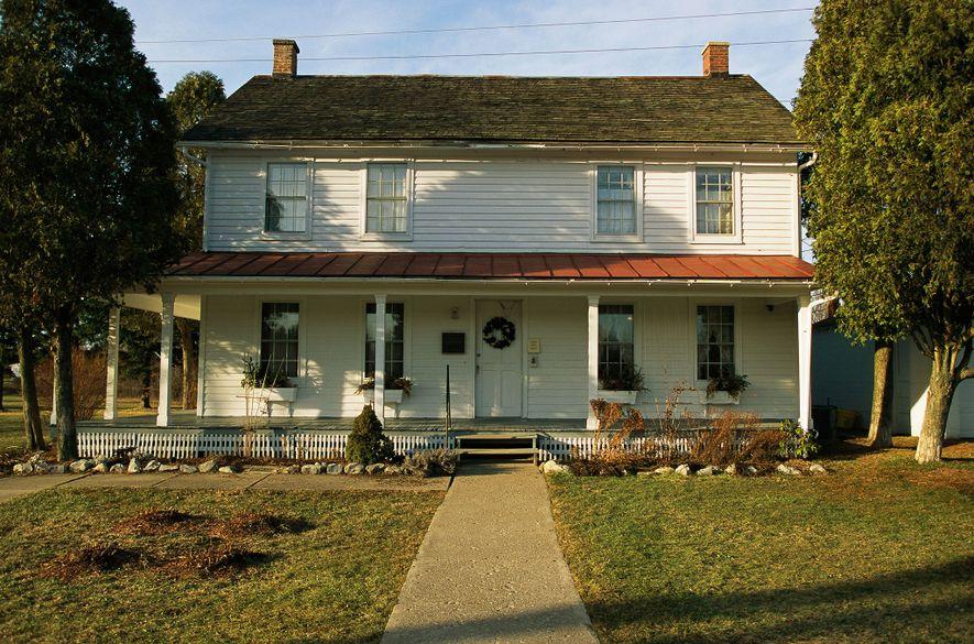 Aos 74 anos, Harriet Tubman comprou uma propriedade em Auburn, Nova Iorque, na esperança de a transformar em lar para pobres e idosos. Com a ajuda da Igreja Metodista Episcopal Africana de Sião, a Casa Tubman para Negros Idosos e Indigentes foi inaugurada em 1908.