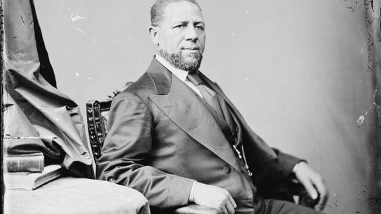 Hiram Rhodes Revels, pregador e líder comunitário respeitado, tornou-se no primeiro negro a servir no Congresso ...