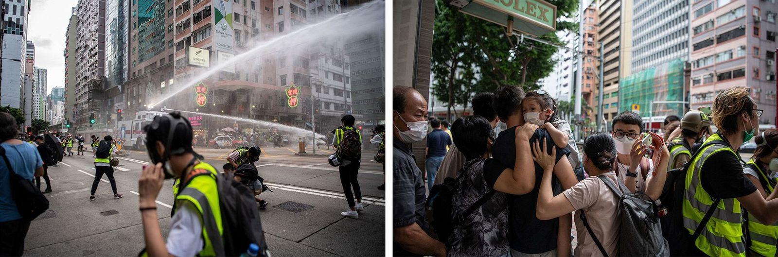 Esquerda: Jornalistas com coletes amarelos tentam proteger-se enquanto um camião da polícia com canhões de água ...