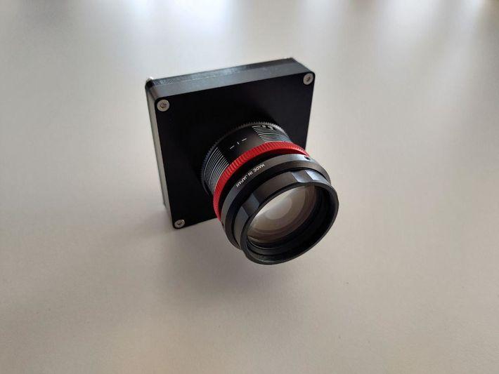 Imagem do protótipo, já construído, para o sensor de estrelas a usar no projeto.