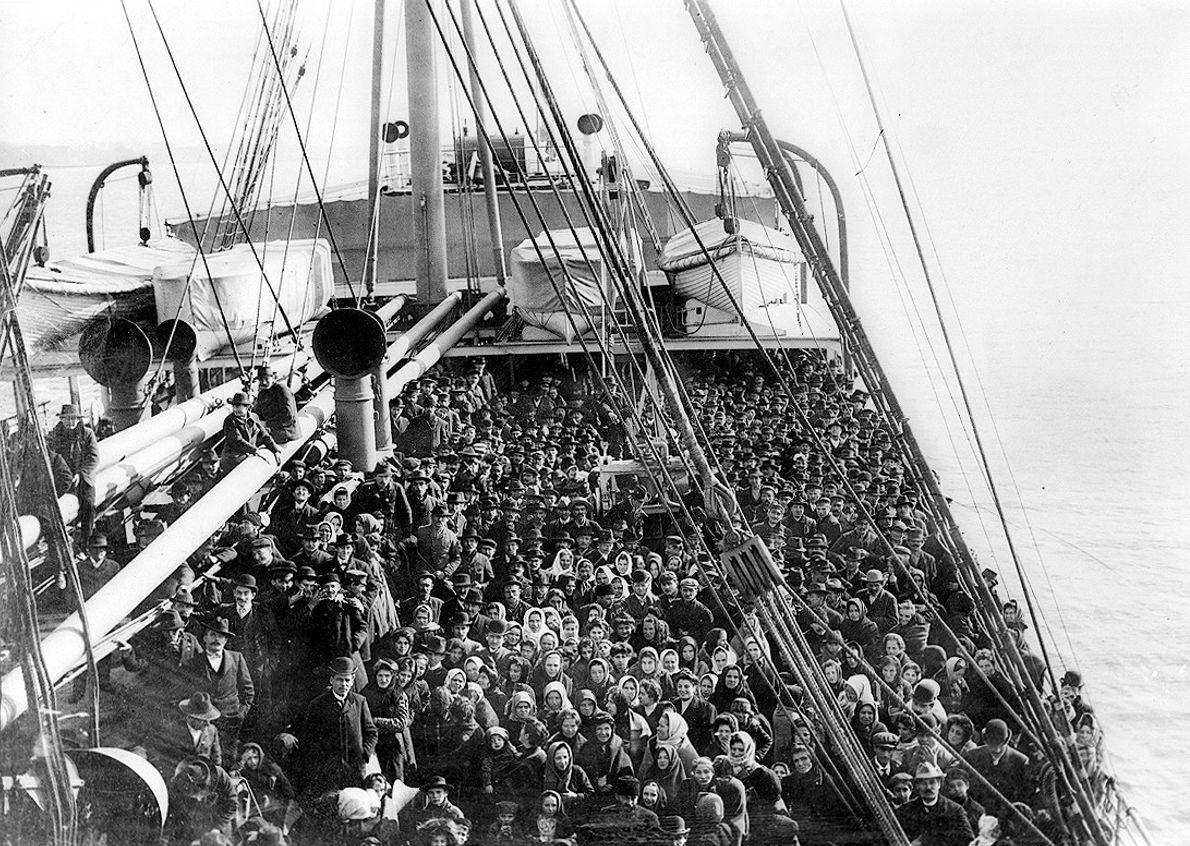 Imigrantes no S.S. Patricia, 1906