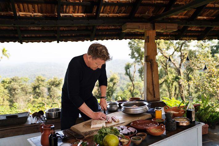Durante as filmagens da segunda temporada de Gordon Ramsay: Uncharted daNational Geographic, o famoso chef preparou ...