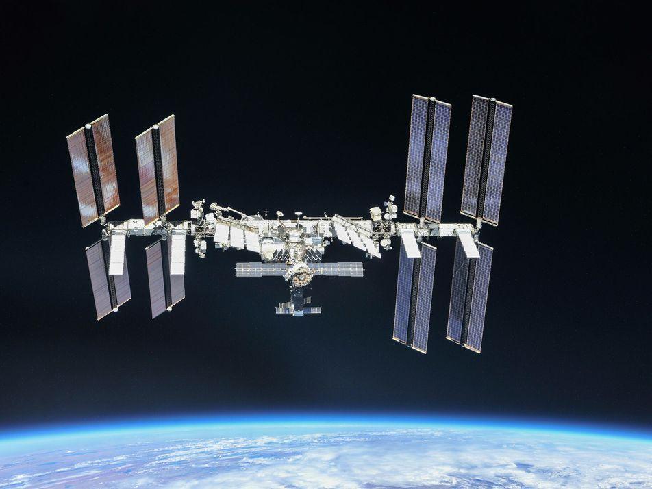 Os Humanos Vivem no Espaço Há 20 Anos Consecutivos