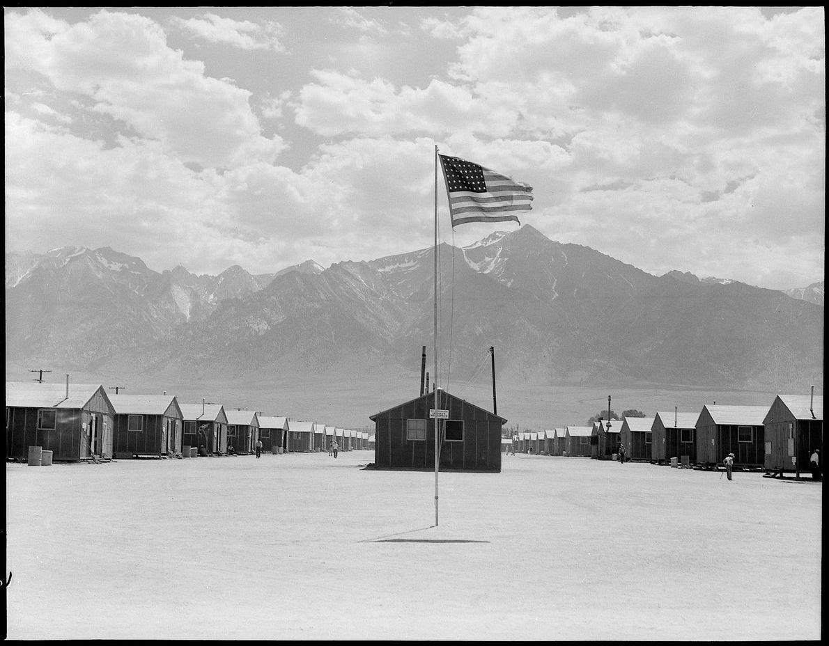 DETENÇÃO DE NIPO-AMERICANOS, 1942