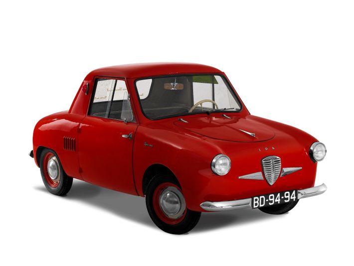 O modelo IPA 300 foi criado em Porto de Mós e apresentado no ano de 1958.