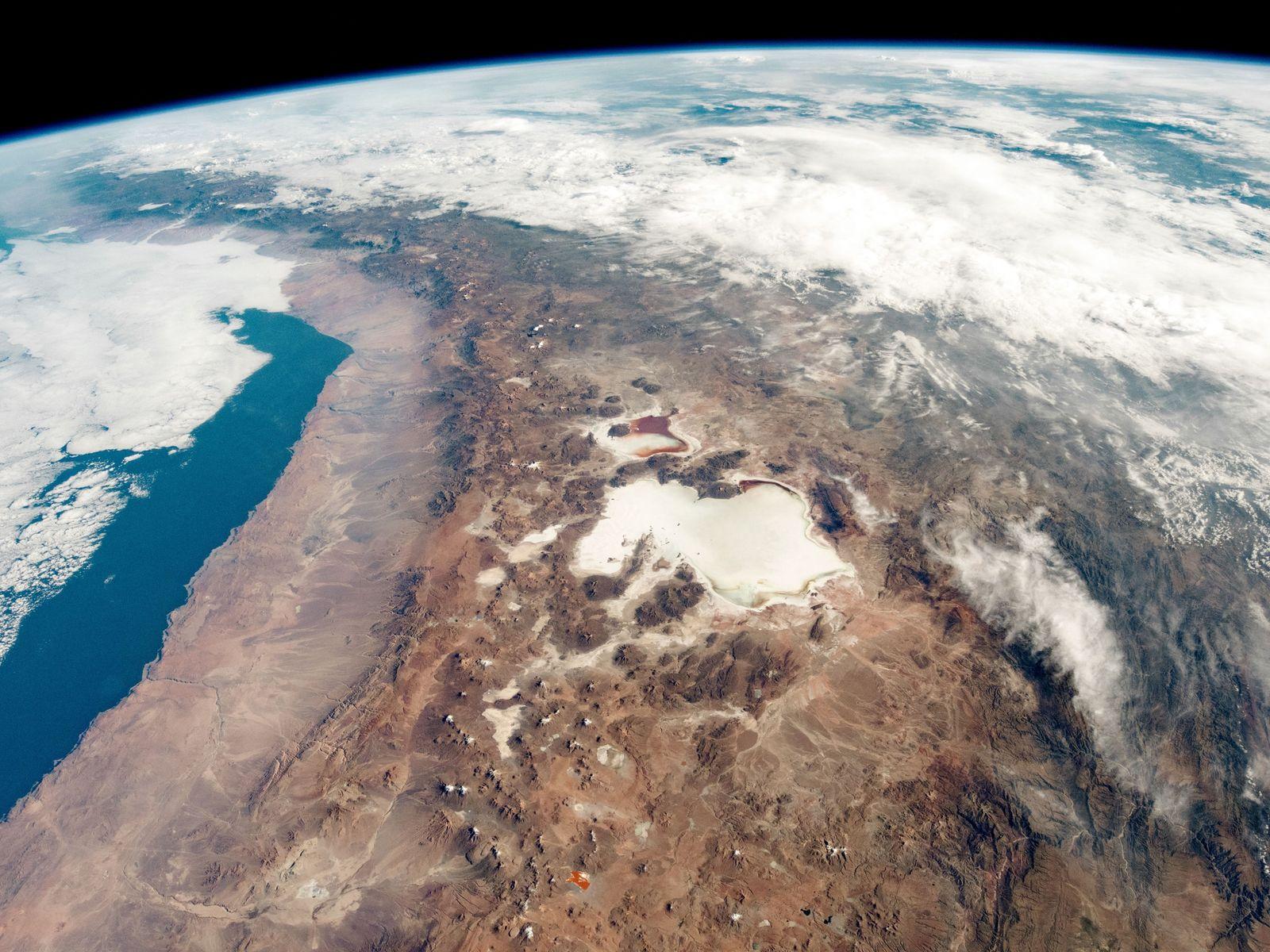 Salinas, Montanhas e Humidade – Pesquisa Geológica dos EUA aos Salares do Chile (1974)