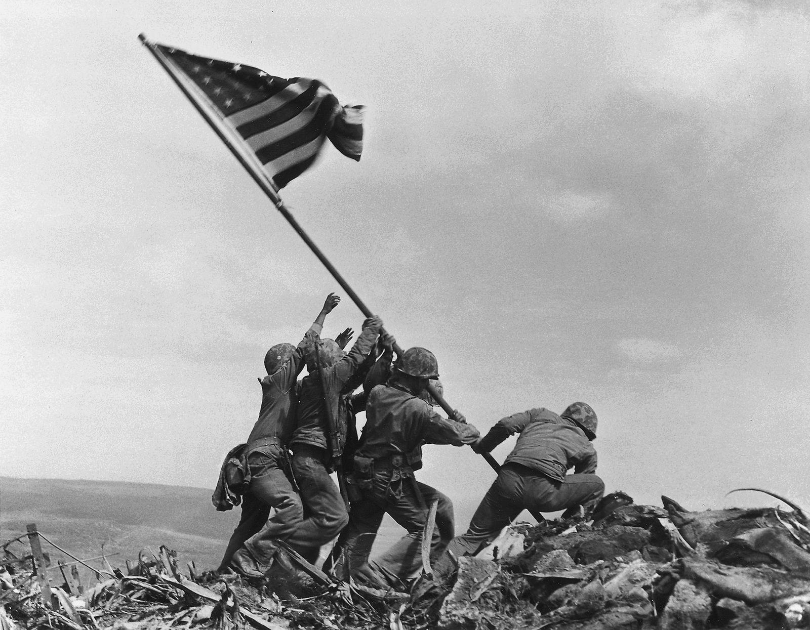 Esta Imagem Icónica da Segunda Guerra Mundial Foi Encenada?