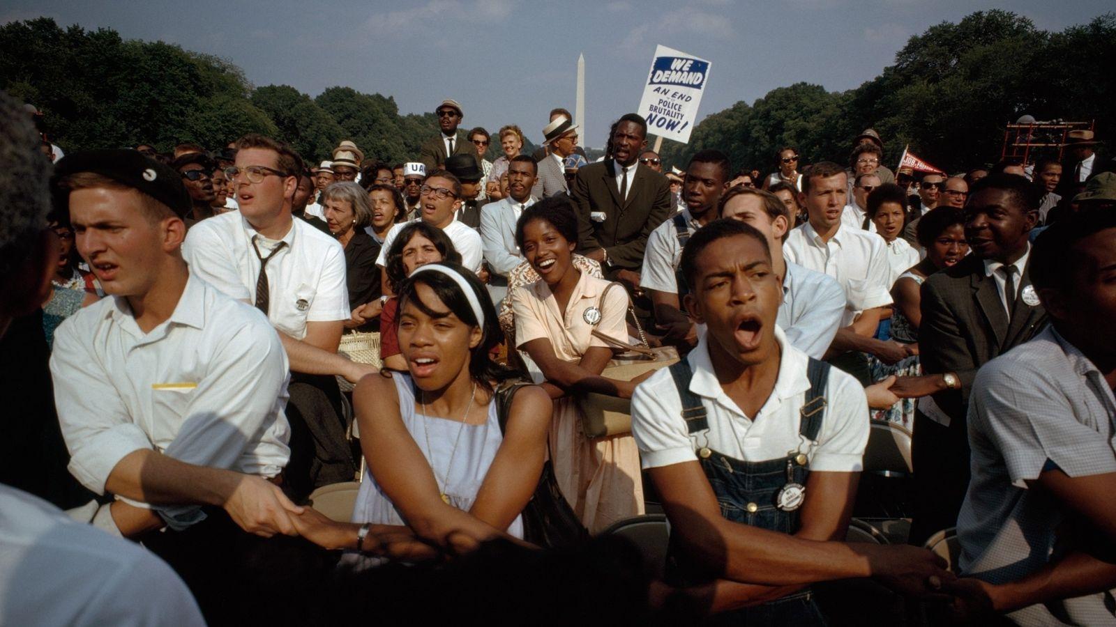 A Marcha sobre Washington de 1963 pelo Trabalho e Liberdade reuniu pessoas de organizações dos direitos ...