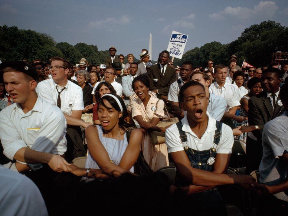 Fotografias Raras a Cores Oferecem Vislumbre Íntimo da Marcha Sobre Washington de 1963