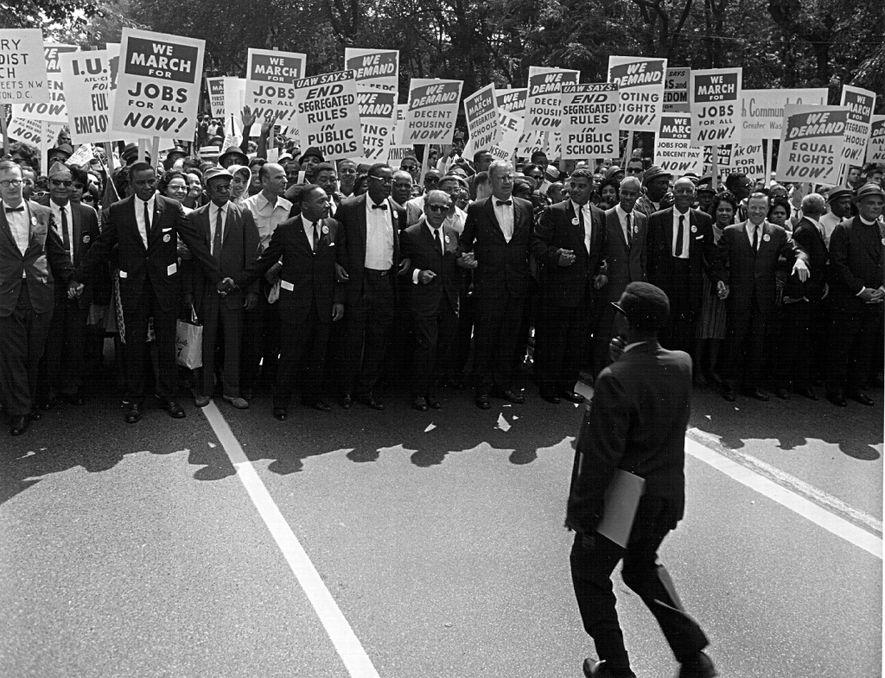 Acabar com as leis Jim Crow era um dos principais objetivos de Martin Luther King Jr. ...